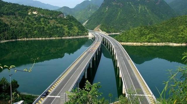 Từ các dự án xây cầu ở Mỹ, Thuỵ Điển, Trung Quốc đến cầu 8.900 tỷ đồng nối quận Hoàn Kiếm với Long Biên: Tác động kinh tế mang lại là gì? - Ảnh 3.