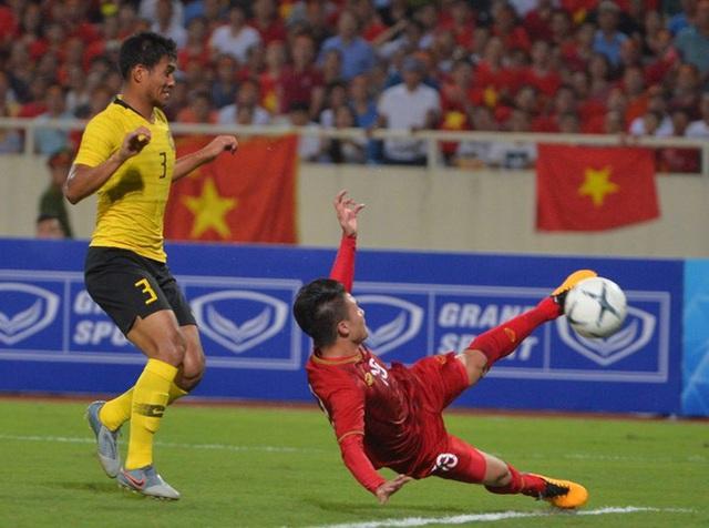 Câu hỏi năm nào của bầu Đức là kim chỉ nam cho futsal Việt Nam, là lời giải cho thầy Park - Ảnh 2.