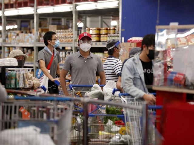 Tâm lý Mua sắm trả thù sẽ giúp hệ thống trung tâm mua sắm lớn nhất Việt Nam của tỷ phú Phạm Nhật Vượng hồi sinh? - Ảnh 1.