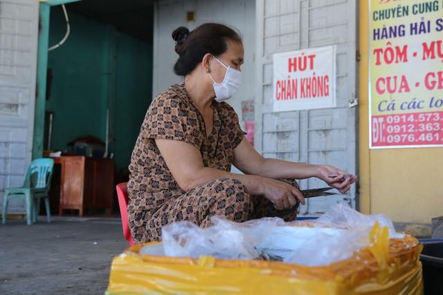 Hàng ngàn tấn hải sản nằm kho lạnh vì dịch, chủ hàng lo phá sản vì phải bù lỗ tiền điện - Ảnh 3.