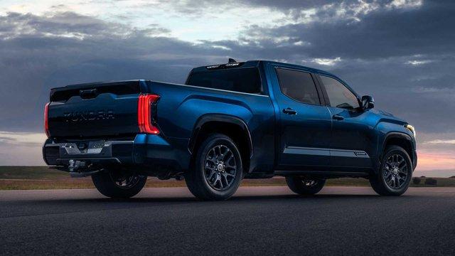 Toyota Tundra 2022 ra mắt: Bán tải full-size đậm chất cơ bắp, ngập tràn công nghệ - Ảnh 2.