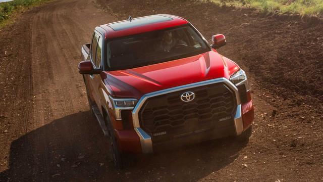 Toyota Tundra 2022 ra mắt: Bán tải full-size đậm chất cơ bắp, ngập tràn công nghệ - Ảnh 3.