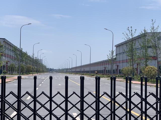 300 nhà sản xuất, công suất 5 triệu xe/năm và những nhà máy ma  cho thấy giấc mơ xe điện của người Trung Quốc đang đi quá xa - Ảnh 4.