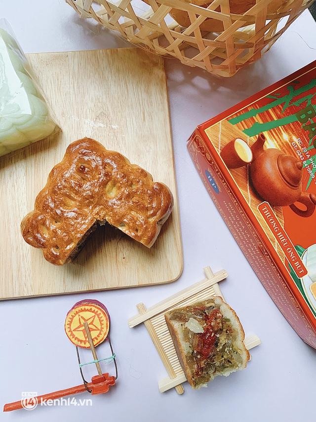 Trên tay hộp bánh Trung thu hot nhất Hà Nội, phải cầu cứu mới mua được: Hương vị có thật sự xuất sắc như lời đồn? - Ảnh 6.