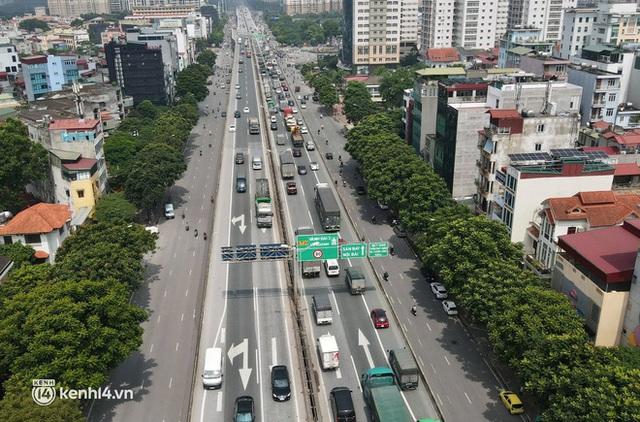 Hà Nội: Đường vành đai 3 trên cao ùn tắc hàng km từ Linh Đàm tới nút giao Phạm Hùng - Ảnh 8.