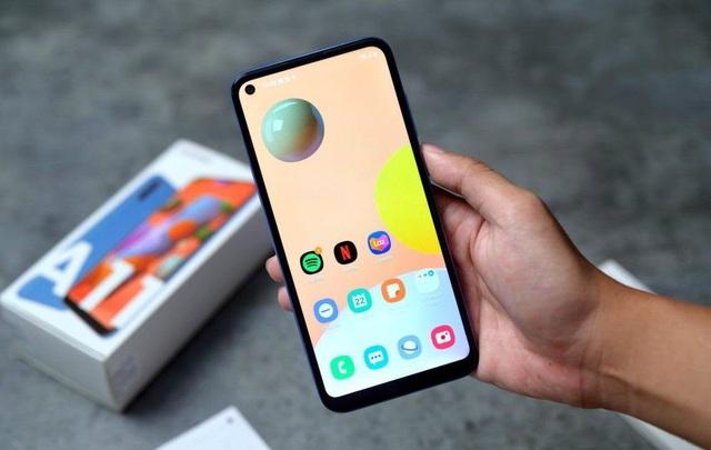 """5 mẫu smartphone tầm giá 3 triệu đồng, đáng đồng tiền bát gạo"""" - Ảnh 2."""