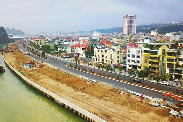 Công an xác định dự án đường bao biển đẹp nhất Việt Nam có sử dụng cát lậu - Ảnh 2.