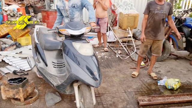 Chuyện xe cộ: Thợ máy Việt Nam chế 'siêu xe' từ xe máy 'đồng nát' khiến dân mạng nước ngoài trầm trồ khen ngợi - Ảnh 1.