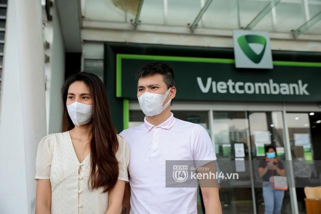Fanpage Vietcombank lên tiếng sau phát ngôn của bà Phương Hằng về tạm khoá báo có, netizen vẫn tiếp tục chất vấn - Ảnh 3.