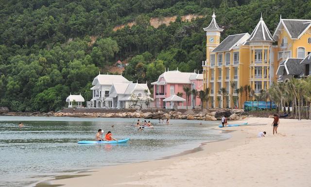 Phú Quốc chưa thể đón khách du lịch quốc tế vào tháng 10 - Ảnh 3.