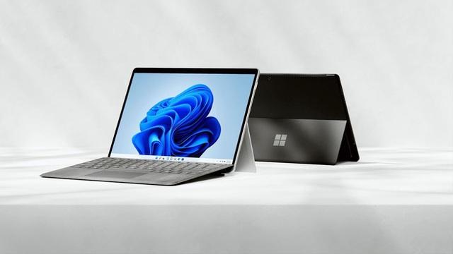 Microsoft ra mắt Surface Pro 8: Màn hình 120Hz, chip Intel Core thế hệ 11, hỗ trợ Thunderbolt 4, giá từ 1099 USD - Ảnh 1.