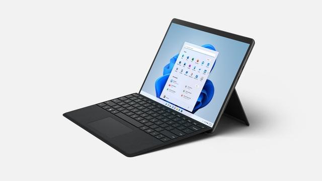 Microsoft ra mắt Surface Pro 8: Màn hình 120Hz, chip Intel Core thế hệ 11, hỗ trợ Thunderbolt 4, giá từ 1099 USD - Ảnh 2.