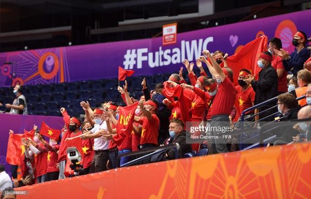 Tuyển Việt Nam tiến bộ cực kỳ nhanh, đấu với Nga ở World Cup mà chơi tự tin vô cùng - Ảnh 3.