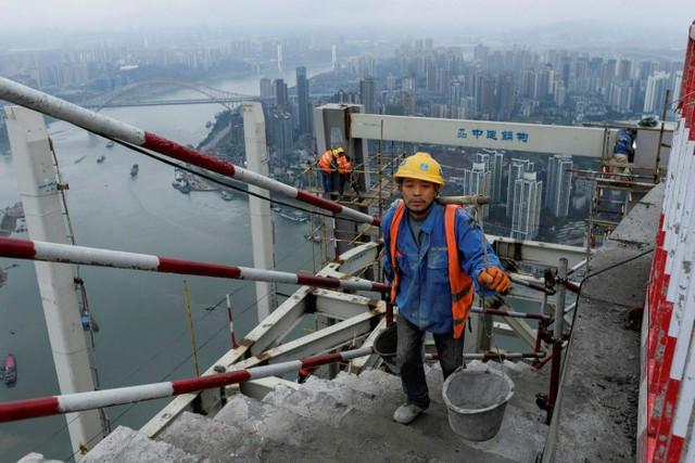 Evergrande và dấu chấm hết cho mô hình tăng trưởng từng tạo ra phép màu kinh tế Trung Quốc: Tăng trưởng GDP sẽ sụt xuống chỉ còn 1-2% trong thập kỷ tới?  - Ảnh 1.