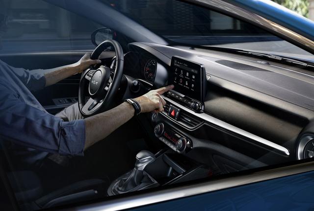 Kia K3 2022 ra mắt tại Việt Nam: Thiết kế mới, bỏ phanh tay điện tử, giá từ 559 đến 659 triệu - Ảnh 3.