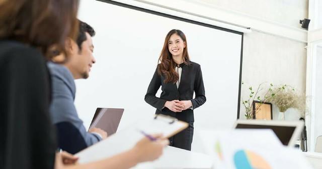 Kiếm việc hậu COVID-19: Đối diện với xu hướng tuyển dụng mới sau đại dịch, đâu là giải pháp để tìm được việc làm tốt, lương cao - Ảnh 1.