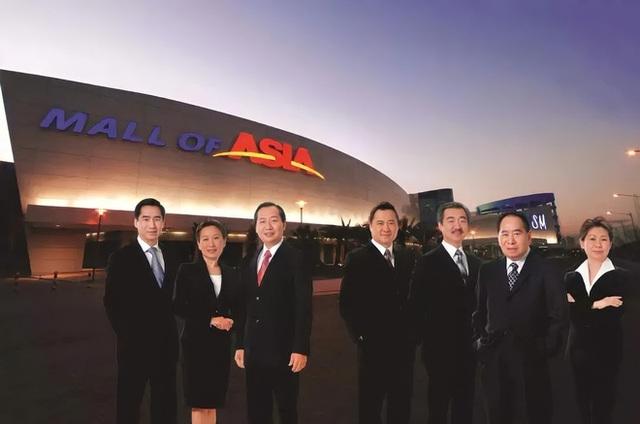 Vươn lên từ sạp giày, Vua bán lẻ gốc Hoa đã làm thế nào để xây dựng đế chế tỷ đô và ngồi vững vị trí giàu nhất Philippines suốt 2 thập kỷ? - Ảnh 7.