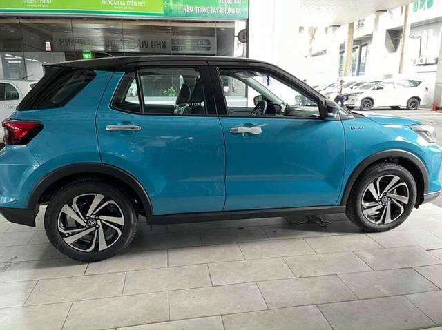 Toyota Raize đầu tiên về Việt Nam: Đại lý nhận cọc 20 triệu đồng, giá dự kiến 500 triệu đồng, đối thủ đi trước một bước của Kia Sonet - Ảnh 4.