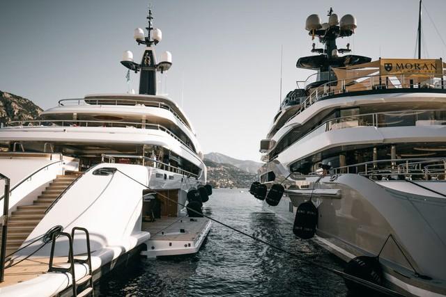 Cảnh xa xỉ tại triển lãm du thuyền Monaco, nơi quy tụ tài sản của nhà giàu thế giới - Ảnh 4.