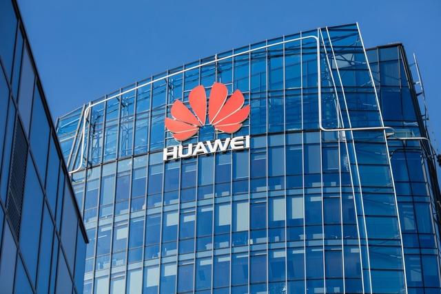 Chủ tịch Huawei: Đối mặt với tình trạng của chúng tôi, nhiều người sẽ chọn thu nhỏ doanh nghiệp, cắt giảm lao động, nhưng Huawei chọn điều ngược lại - Ảnh 2.