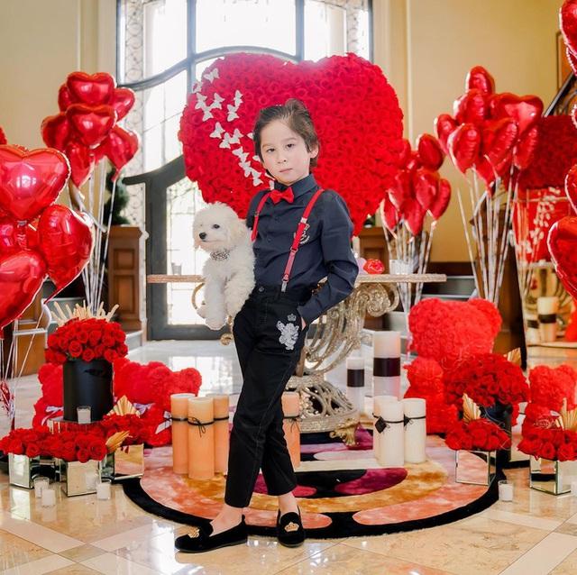 Thiếu gia 8 tuổi của nữ tỷ phú người Việt đón sinh nhật xa hoa trong lâu đài 800 tỷ - Ảnh 19.