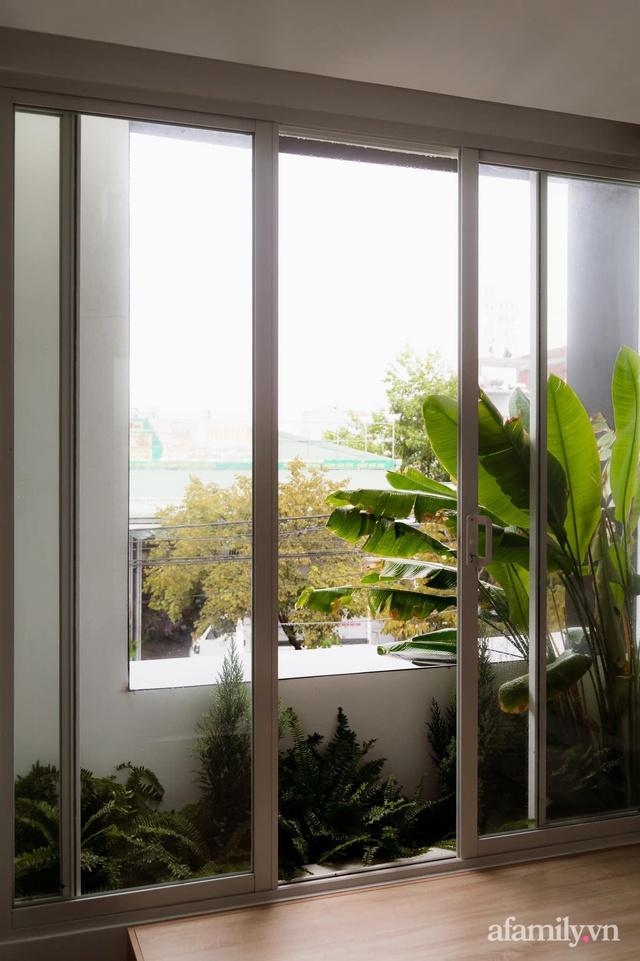 Căn nhà phố màu trắng gọn xinh ấm cúng của cặp vợ chồng trẻ Đà Nẵng có chi phí hoàn thiện 1,4 tỷ đồng - Ảnh 17.