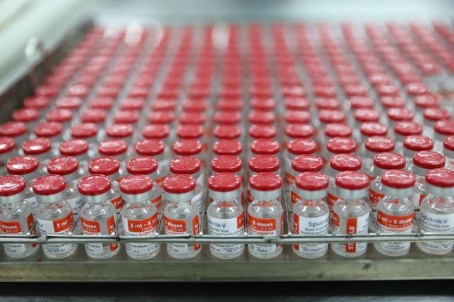 Thành công trong sản xuất vắc xin Sputnik tại Việt Nam: Từ loay hoay sang tự chủ, tạo cơ hội để Việt Nam trở thành trung tâm sản xuất vắc xin của khu vực và thế giới trong tương lai - Ảnh 1.