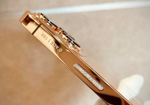 """Chi tiết iPhone 13 Pro Max bản mạ vàng và kim cương siêu """"sang chảnh"""" giá hơn 130 triệu đồng tại Việt Nam - Ảnh 5."""