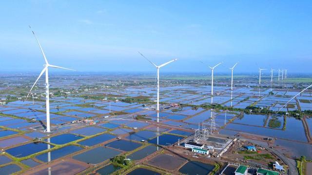 Nhà máy Điện gió Kosy Bạc Liêu: Hoàn thành lắp đặt turbine, sẵn sàng cho ngày phát điện - Ảnh 1.
