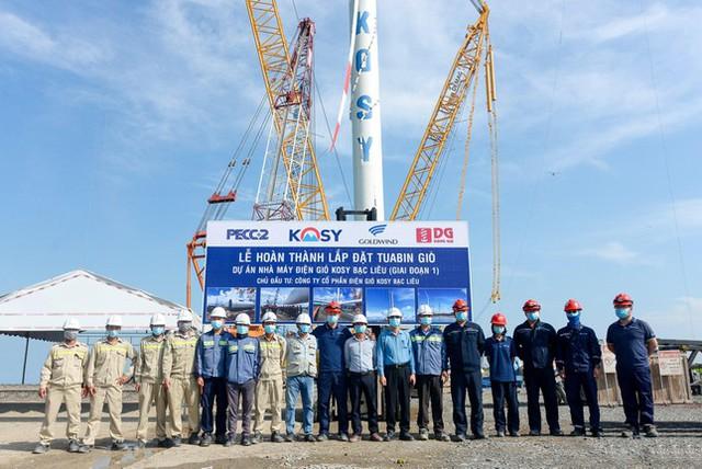 Nhà máy Điện gió Kosy Bạc Liêu: Hoàn thành lắp đặt turbine, sẵn sàng cho ngày phát điện - Ảnh 2.