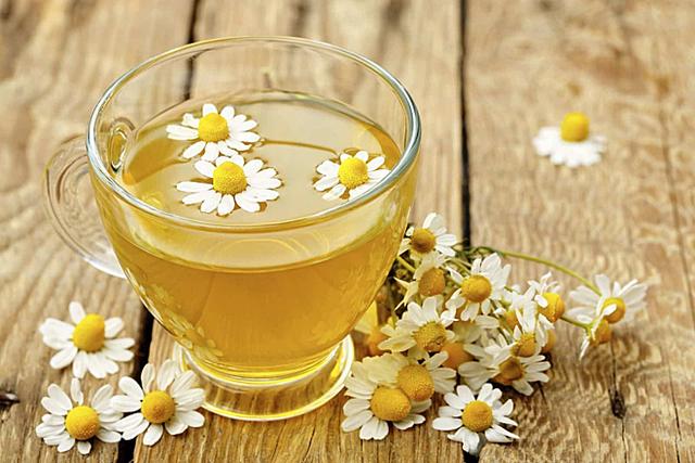 Phụ nữ sau tuổi 44 nên sử dụng 5 thức uống này để tránh tử cung lão hóa nhanh và ngăn ngừa được nhiều bệnh phụ khoa - Ảnh 3.