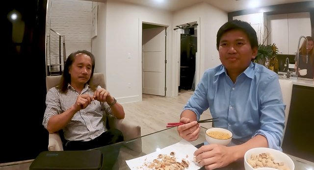 """Charlie Tôn Quý: Cậu bé ở đợ thành """"vua ngành nail"""" người Việt, kiếm nửa tỷ đô/ năm chỉ nhờ sửa móng - Ảnh 1."""