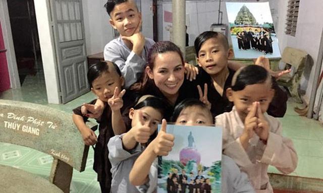 23 người con của Phi Nhung gồm những ai và sống thế nào trước khi mẹ nuôi qua đời? - Ảnh 11.