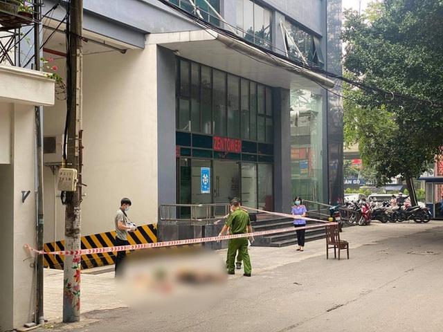 Hà Nội: Nguyên nhân cô gái 24 tuổi rơi từ tầng 15 chung cư xuống đất tử vong - Ảnh 1.