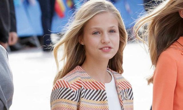 Nàng công chúa HOT nhất hiện nay: 15 tuổi đã nắm trong tay vận mệnh của đất nước, đánh bại con gái nhà Công nương Kate - Ảnh 11.