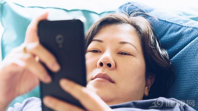 Tiếp xúc bức xạ điện thoại trong thời gian dài có thể gây tổn thương, u não không? Đây là câu trả lời của chuyên gia - Ảnh 3.
