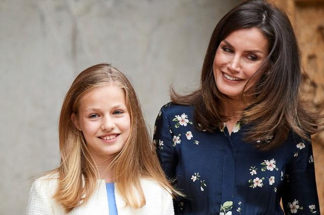Nàng công chúa HOT nhất hiện nay: 15 tuổi đã nắm trong tay vận mệnh của đất nước, đánh bại con gái nhà Công nương Kate - Ảnh 5.