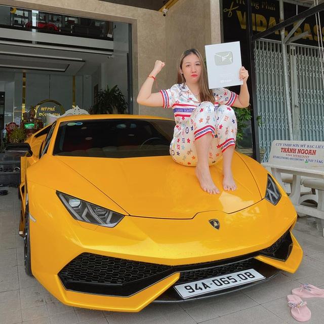 Thú chơi siêu xe của những thiếu gia Gen Z tại Việt Nam: Có người thay xe như thay áo, Lamborghini cũng chỉ để đi chợ  - Ảnh 9.
