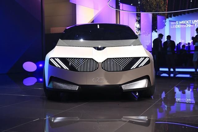 Quên Kia Morning, Hyundai Grand i10 đi, đây sẽ là mẫu xe đi phố của 20 năm sau - Ảnh 3.