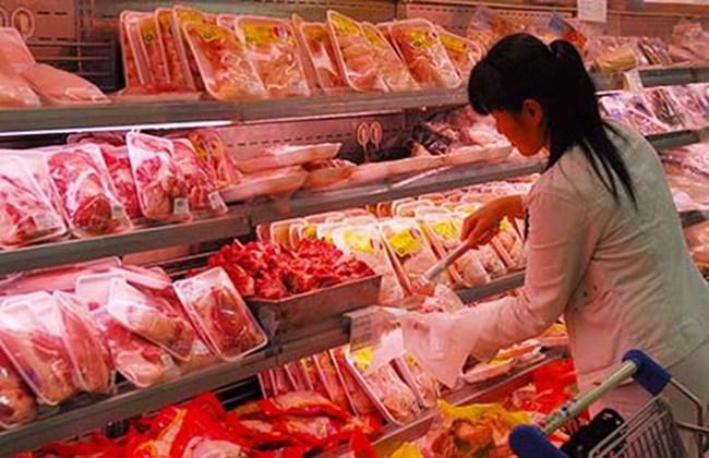 Thịt ngoại nhập thắng thế nhờ... giá rẻ
