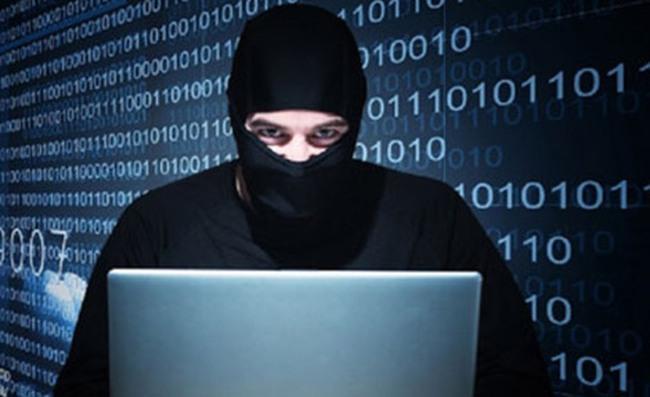 Hack thông tin thẻ tín dụng, chiếm đoạt nhiều tỷ đồng