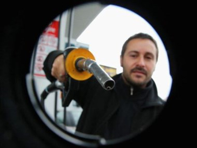 Giá dầu thế giới xác lập mức cao nhất kể từ đầu năm nay