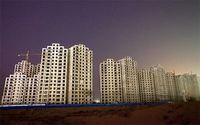 """""""Thành phố ma"""" ở Trung Quốc và nguy cơ vỡ nợ hàng loạt"""