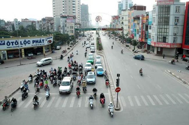 Sẽ xén bớt hè đường Lê Văn Lương để mở rộng mặt đường?