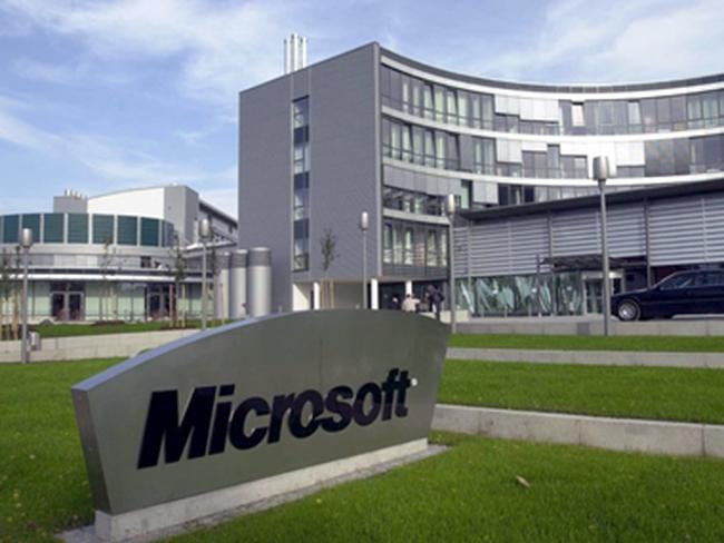 """Tình bạn 40 năm và sự ra đời của """"người khổng lồ"""" Microsoft"""