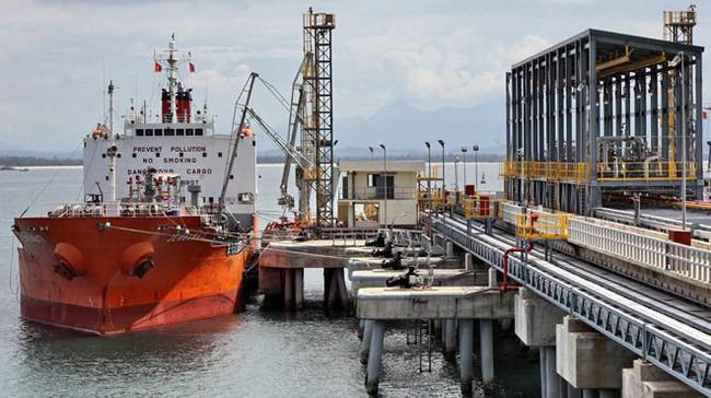 Nhà máy lọc dầu Dung Quất có nguy cơ đóng cửa