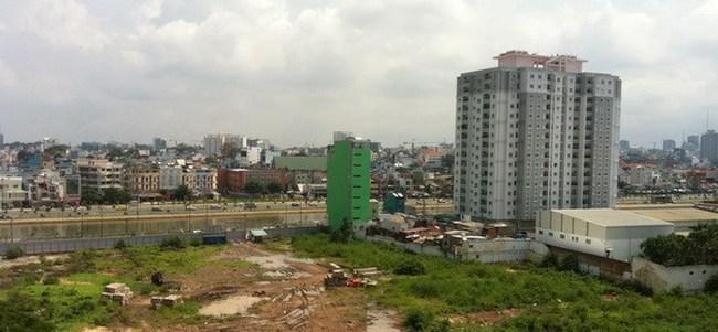 Đề nghị 'xén' đất di dời trụ sở, nhà máy xây nhà xã hội