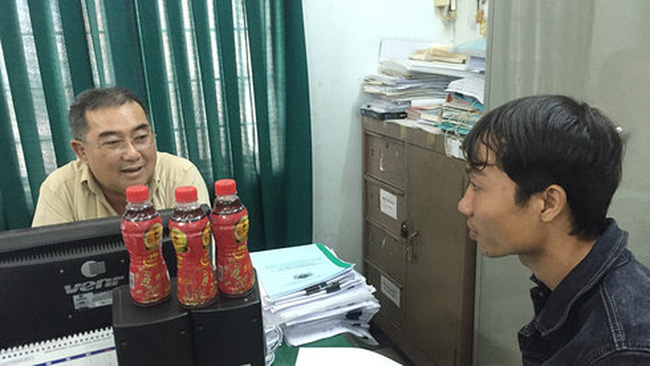 Hội BVQLNTD Cần Thơ từ chối nhậnchai trà thảo mộc bị lợn cợn