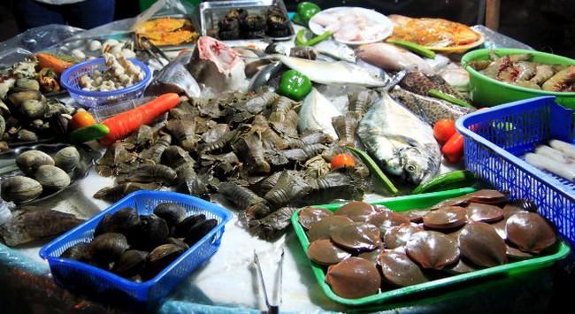 Sức mua lớn, hải sản tăng giá dịp nghỉ lễ