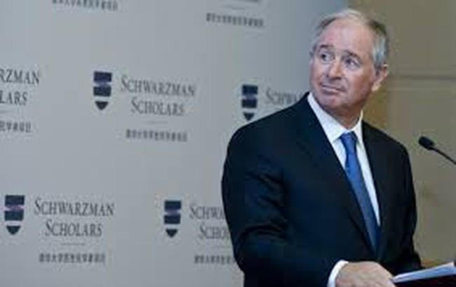 """Ông chủ Blackstone """"tri ân"""" trường cũ 150 triệu USD"""